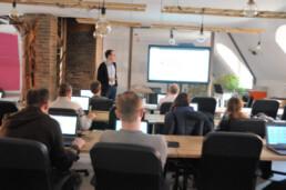 A Progmatic Academy programozó bootcampjein néhány hónap alatt sajátítják el a fejlesztői ismereteket a tanulók